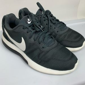 NIKE Charcoal Running Athletic Women's Sz 9.5